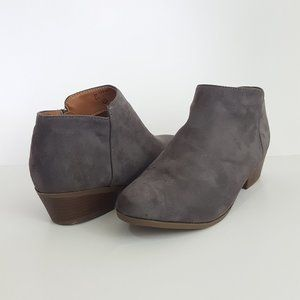 Stacked Block Heel Ankle Boot  Gray 10
